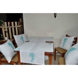 linen table top set~sea horse embroidered