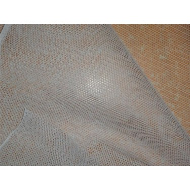 can can net used for giving volume to base of GOWNS/DRESS ETC sold by the yard