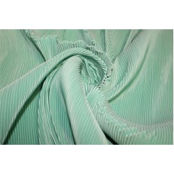 Polyester pleated fabric green color 58'' wide FF11[1]