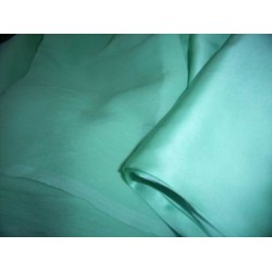 rich green chiffon w/matching silk satin fabric 44
